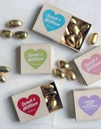best 25 wedding favour chocolates best 25 personalised chocolate gifts ideas on diy