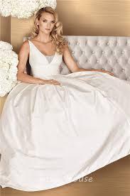 simple ball gown v neck sleeveless taffeta ruched wedding dress
