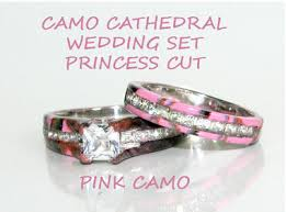 pink camo wedding rings camo cathedral setting wedding ring set camo wedding