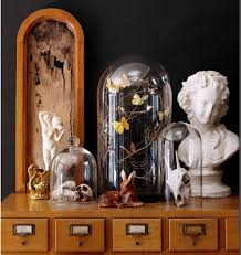 Victorian Furniture Bedroom by Best 25 Victorian Bedroom Ideas On Pinterest Victorian Bedroom