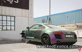 this r8 with a pearlescent paint job the kind where the color