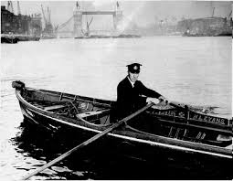 thames river boats dogs history of the thames river postman in the pool of london 1800 to