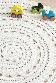 Crochet Bathroom Rug by Best 25 Doily Rug Ideas On Pinterest Crochet Doily Rug Crochet