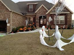 Diy Scary Outdoor Halloween Decorations Halloween House Decorations Diy U2013 Festival Collections