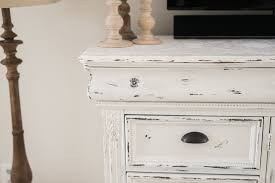 White Distressed Desk by Diy Distressed Tv Console Cabinet Lynzy U0026 Co