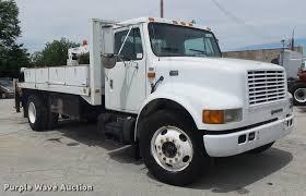 1998 international 4700 flatbed truck with crane item k761