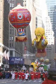 macy s thanksgiving day parade pictures getty images