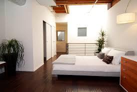 feng shui fürs schlafzimmer so richtest du es richtig ein