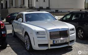 roll royce phantom white rolls royce mansory white ghost ewb limited 23 october 2017
