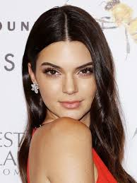 find makeup artists find out why kendall jenner says makeup artists are scared of