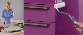 comment repeindre des meubles de cuisine la peinture pour meuble stratifié ou mélaminé comment peindre