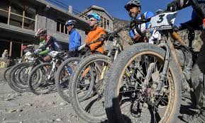 mustang madness the mustang madness mtb race in the himalayan forbidden kingdom