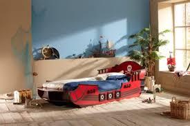 chambre enfant pirate lit bateau extensible pirate lit enfant chambre enfant chambre