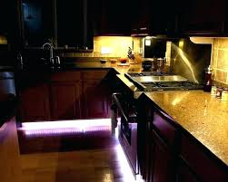 kitchen under cabinet lighting ideas best under cabinet kitchen lighting kitchen cabinet lighting battery