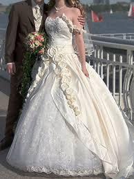 prinzessin sissi brautkleid mit am träger und mit schleppe - Sissi Brautkleider