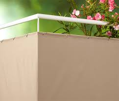 windschutz balkon stoff balkon sicht und windschutz bei tchibo