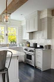 Small Kitchen Remodel Featuring Slate Tile Backsplash by Best 25 Modern Kitchen Backsplash Ideas On Pinterest Geometric
