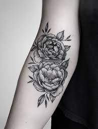 the 25 best peonies tattoo ideas on pinterest flower thigh