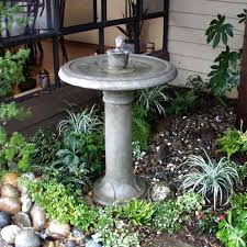 Water Feature Ideas For Small Backyards by Easy Steps On How To Make A Water Fountain Lestnic