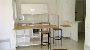 bar pour separer cuisine salon idées de décoration agenceamarte