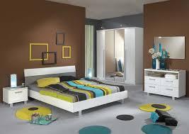 decoration chambre a coucher decor de chambre a coucher lits modernes en mtal ides pour la