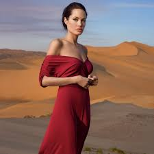 Vanity Fair Subscriptions Angelina Jolie Opens Up To Vanity Fair About Life After Brad Pitt