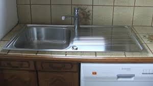 evier cuisine à poser evier de cuisine e poser comment poser un evier de cuisine