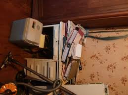 sous le bureau ma collection de bureaux