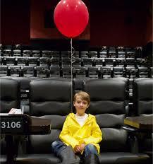 film it ada anak berjaket kuning di pemutaran film it provoke online