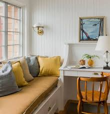 Hip Home Decor by Home Decor Dsc Built In Window Seat Andrea Outloud
