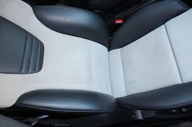 renovation siege cuir entretien et rénovation du cuir pour voitures de sport et de