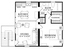 home plan carriage house garage doubles as apartment carriage house doubles as a studio apartment in this home plan