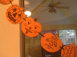 Fun And Easy Halloween Crafts by Dallas Family Makes Halloween Craft With Foam Pumpkins Sharpie