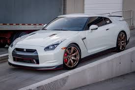 nissan skyline 2014 custom customized nissan gtr runs 10 u0027s on the strip while dressed to the