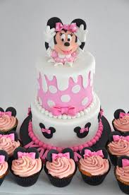 minnie mouse birthday cake rozanne s cakes minnie mouse birthday cake and cupcakes