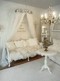 White Shabby Chic Bedroom by Best 25 Shabby Chic Mirror Ideas On Pinterest Shaby Chic