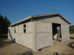 capannoni prefabbricati cemento armato realizzazione capannone agricolo ad uso stalla e box autorimessa a