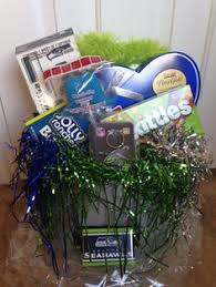 seattle gift baskets mlb seattle mariners silent auction gift basket tickets gift