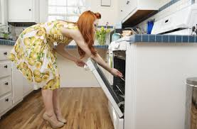 What To Use To Clean Kitchen Cabinets How To Clean Kitchen Cabinets With Grease And Stains