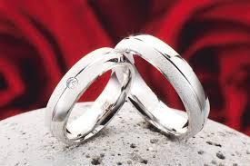 verlobungsringe in silber 2 eheringe verlobungsringe aus 925 silber mit echten diamant