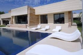 Design House La Home by Contemporary House Design By A Cero La Finca Ii Home Reviews