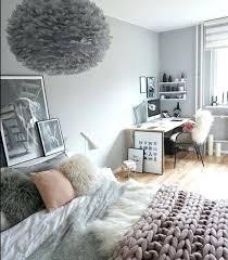 peinture gris perle chambre peinture gris perle chambre couleur mur linge de lit et blanc