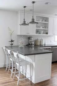 amenagement coin cuisine plan de travail d une cuisine moderne avec coin repas