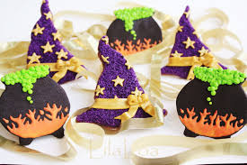 Halloween Decorated Sugar Cookies Witch Hats And Cauldrons Lilaloa Witch Hats And Cauldrons