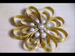 diy ribbon flower with folded flower tree