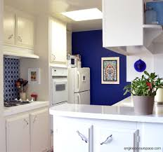 The Renters Guide To DIY Mini Makeovers HuffPost - Temporary kitchen backsplash