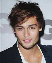 douglas booth is a romantic hero and he really looks like that