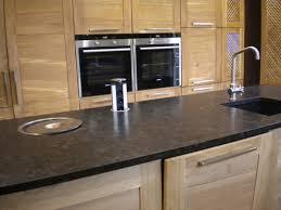 accessoire plan de travail cuisine plans de travail pour votre cuisine gammes de granit quartz