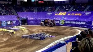 Monster Jam Hartford Ct 2 9 14 Freestyle Youtube