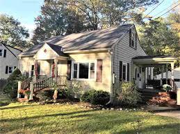 17 williams essex vt real estate property mls 4662134